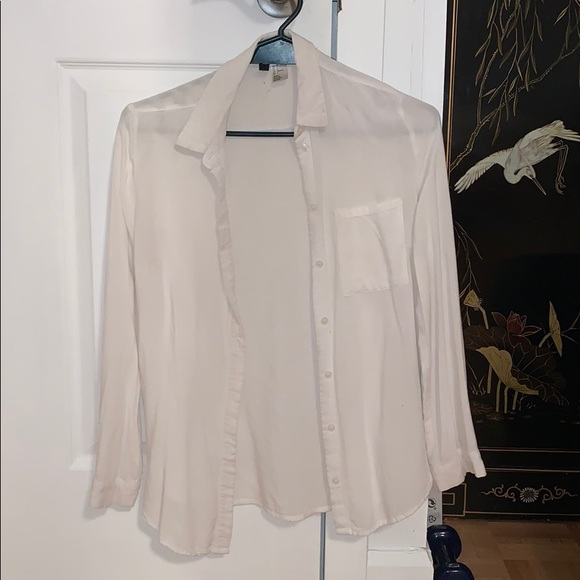 h&m button-up shirt